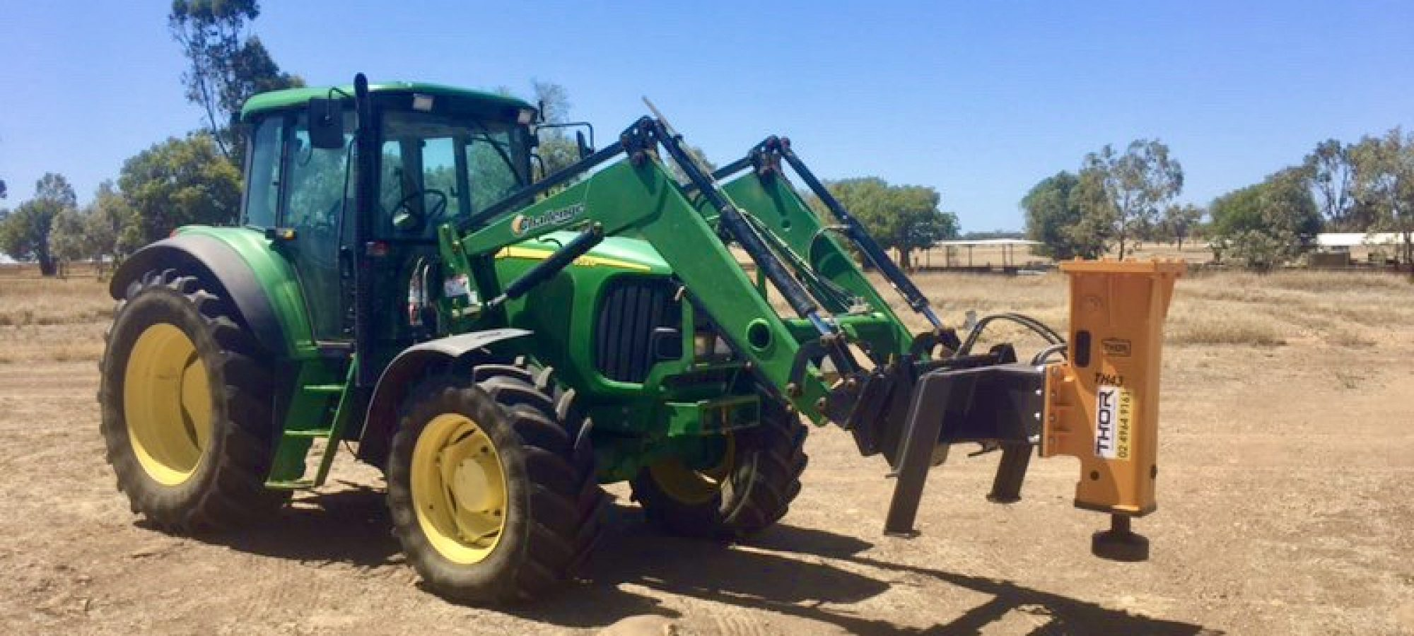 TH43S_ John Deere Tractor